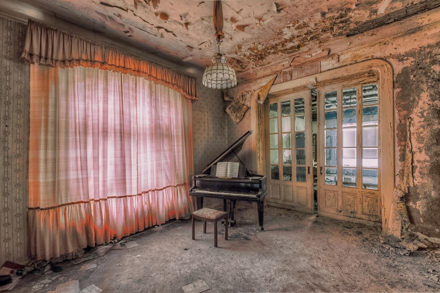 old forgotten piano room