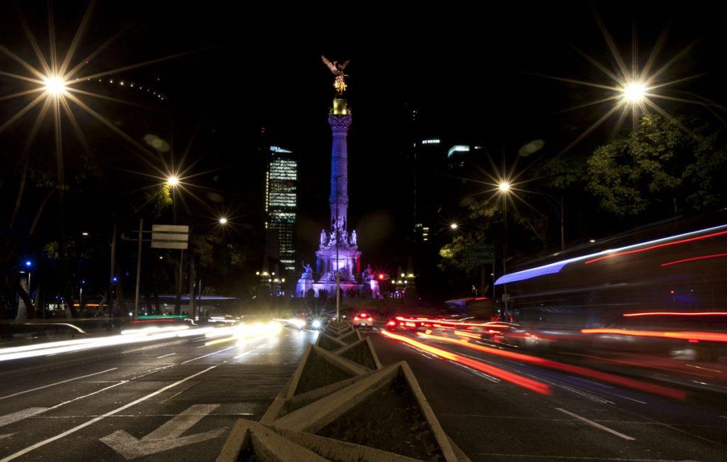 Емблематичният Ангел на независимостта в Мексико Сити