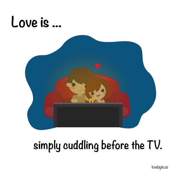 Любовта е... просто да се гушкаме пред телевизора