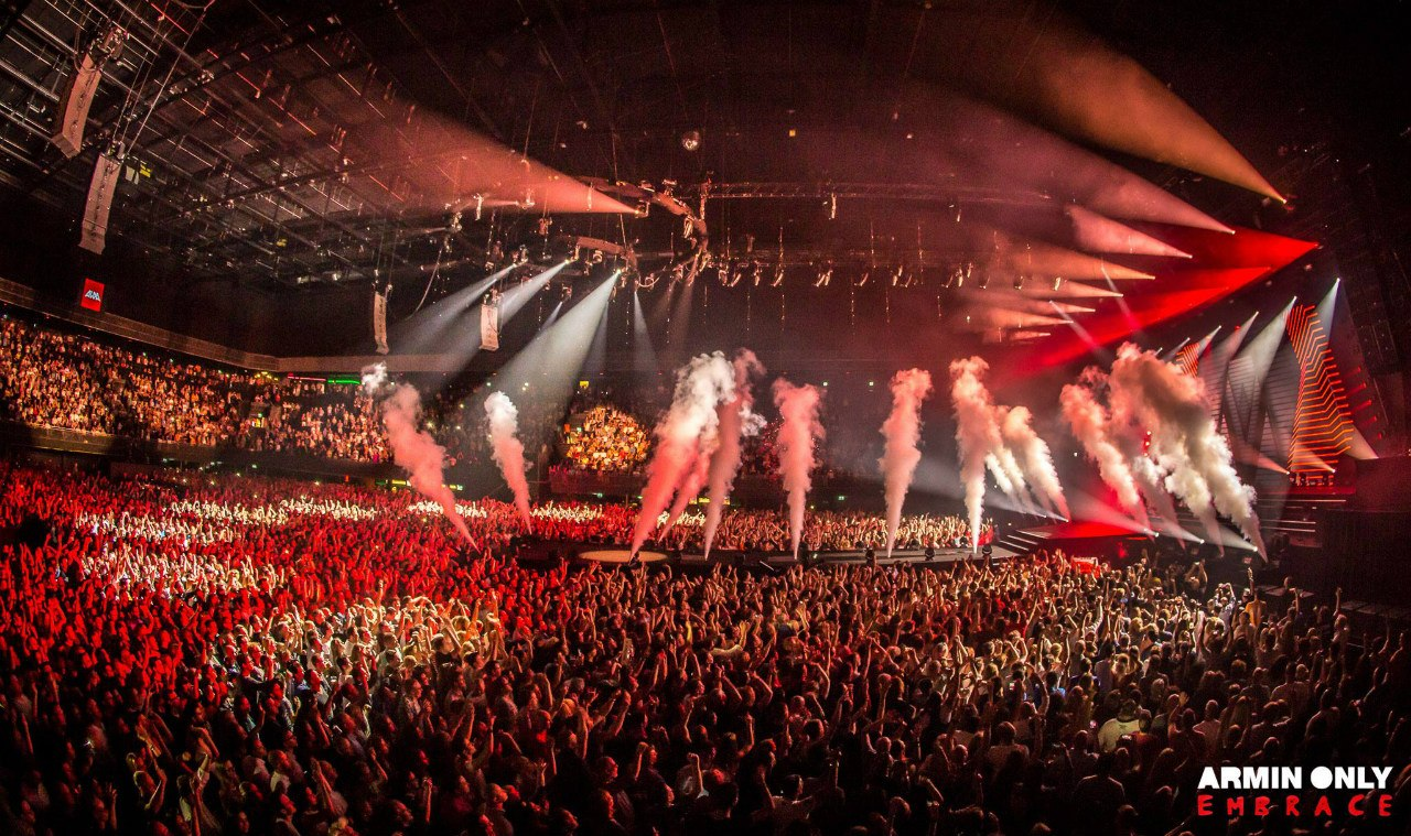 Armin_Only_Embrace_Ziggo_Dome_Amsterdam_Netherlands_2016_photo_16