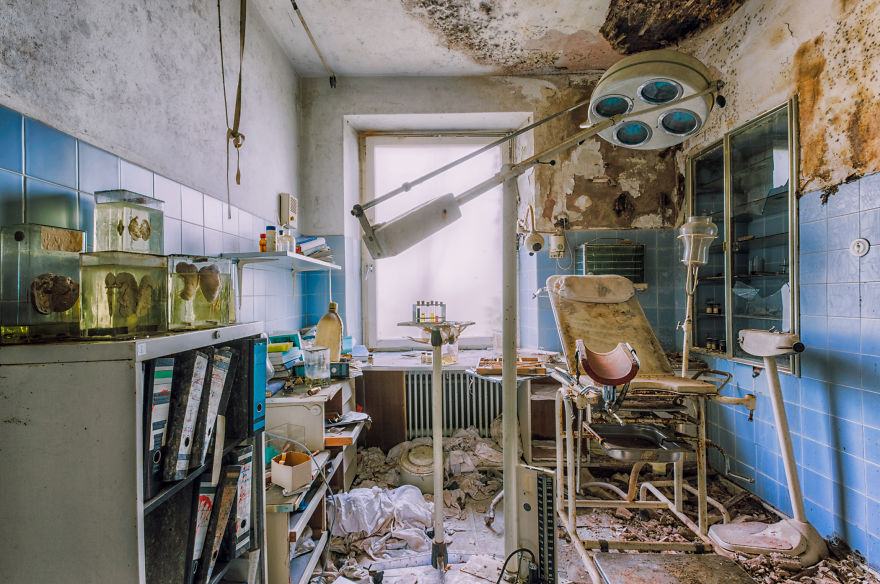 abandoned doctor room