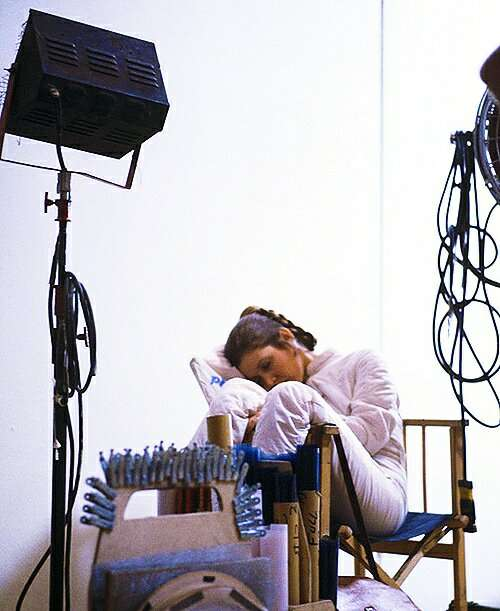 5-carrie-fisher-sleep