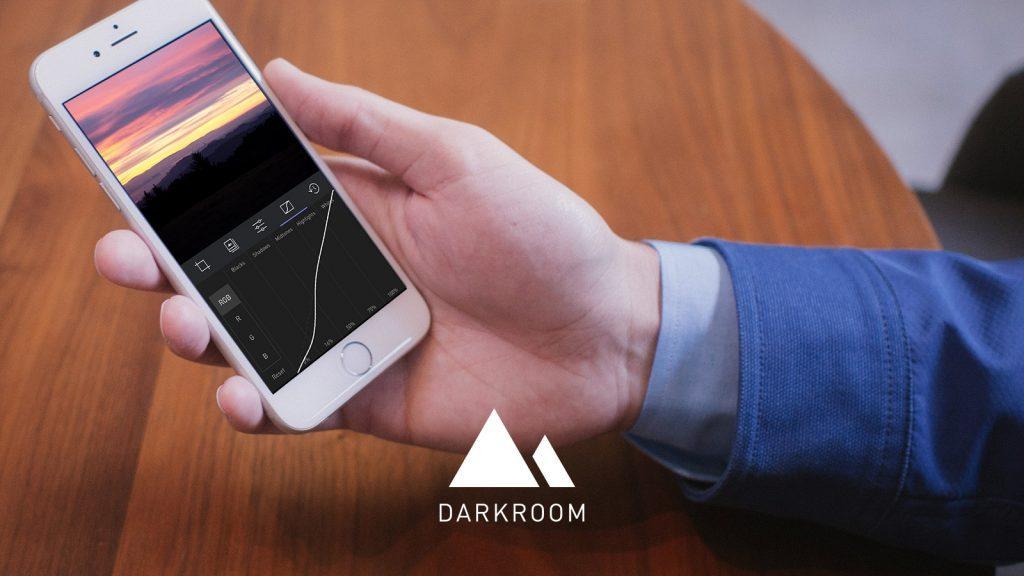 darkroom_presskit_16x9_coffeeshop