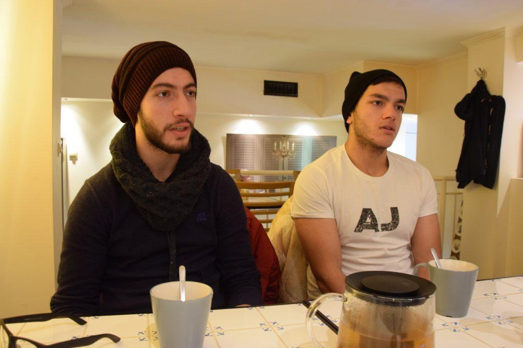Акрам Рабия - вляво и Мохамед Салах - вдясно