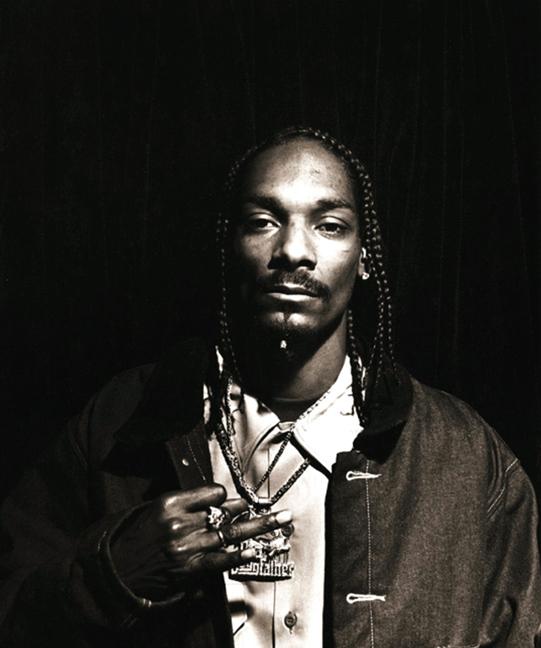 Когато говорим за West Coast, трудно можем да пренебрегнем и Snoop Dogg