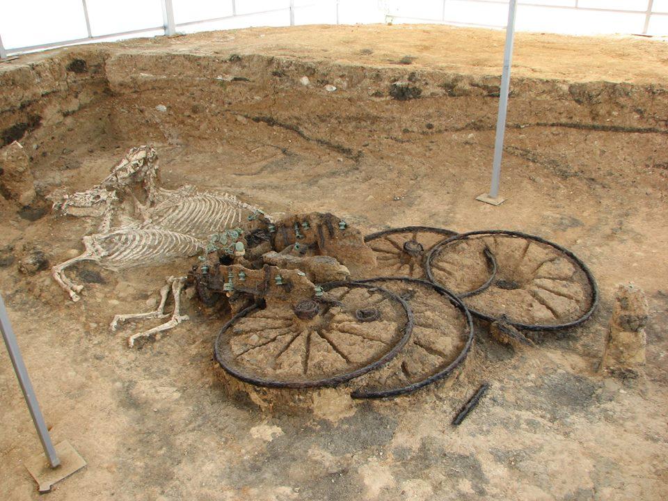 тракийска колесница
